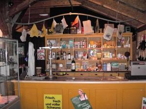 Einkaufen bei Tante Emma in den 50er-Jahren ...